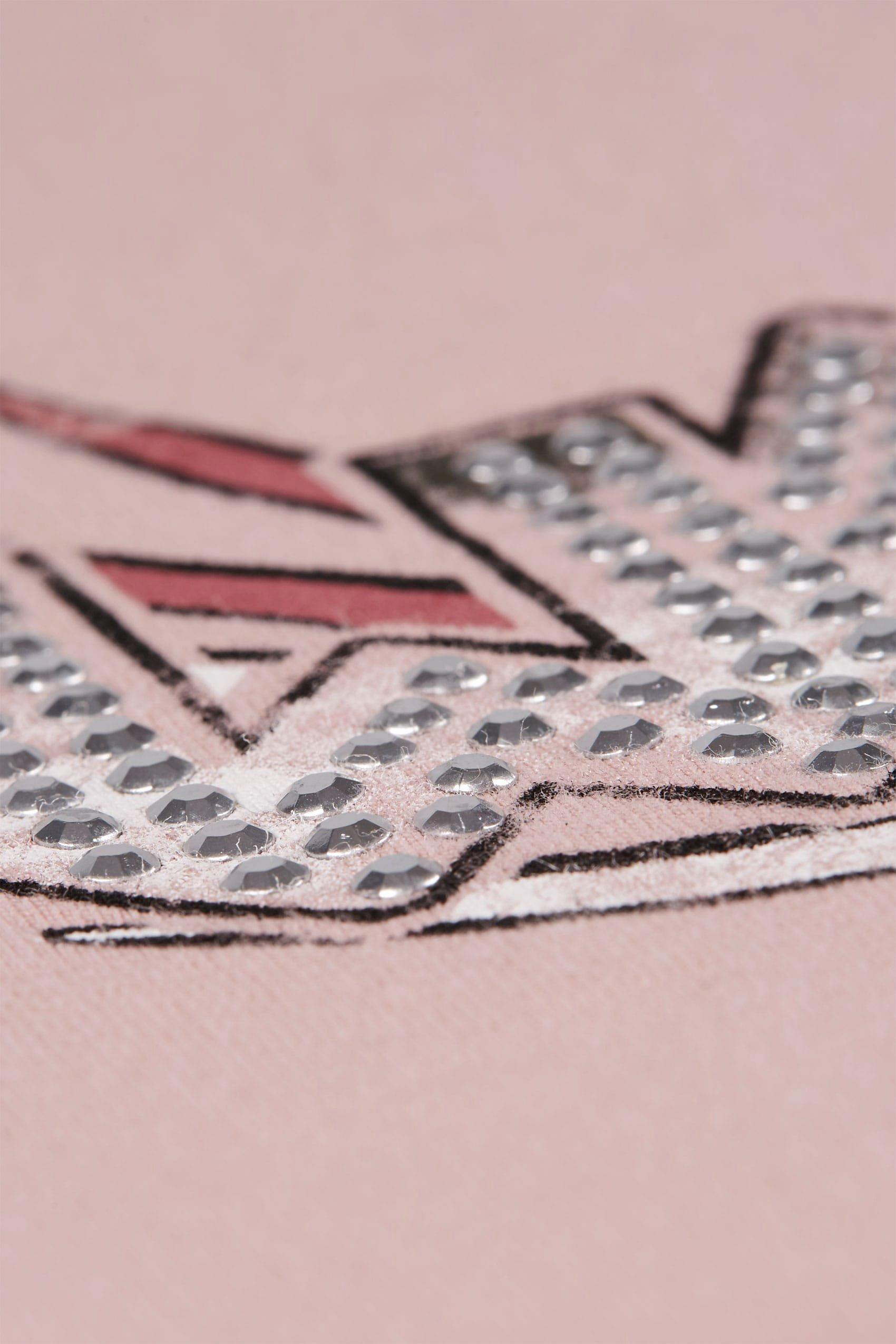 Product Line Card Template Luxury Rosa Slogan T Shirt Mit Nietenverzierung Und Choker
